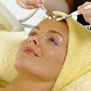 Accredited Non Surgical Face Lift Microcurrent Facial Course (1 day)