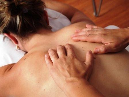 Uplift Aromatherapy Massage (Deluxe Holistics)