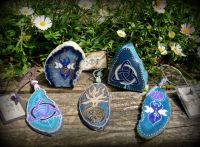 Agate Talismans and Altar Pieces
