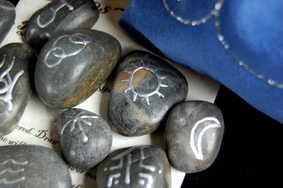 Triple Moon Runes