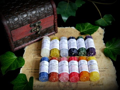 12 x Beeswax candle colour Magic set in Chest