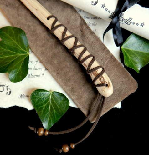 Oak Wand Thong Hilt