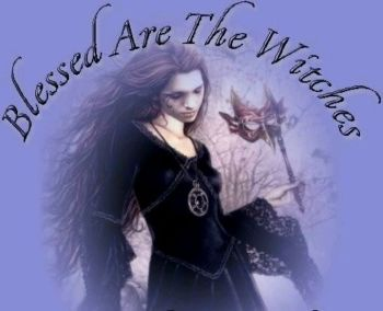 The Eclectic Witch - with Rowan Wynter
