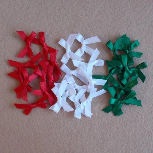 30 Small Satin Ribbon Bows - Christmas Mix