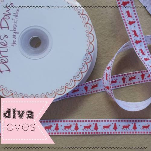 red and white grosgrain christmas ribbon reindeer diva crafts diva loves we