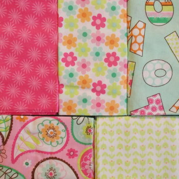 Fat Quarter Bundle - Pink Flowers