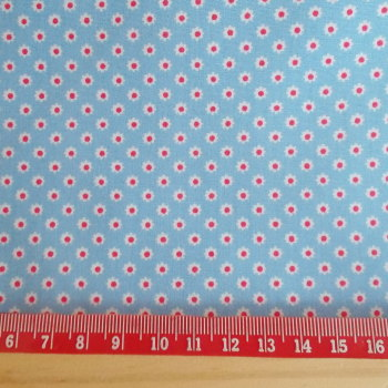 Ditsy Daisy Flower 100% Cotton Fabric - Light Blue