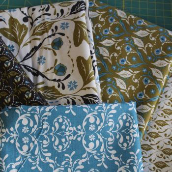 Fat Quarter Bundle - Fabric Freedom Arts & Crafts 5 Designs