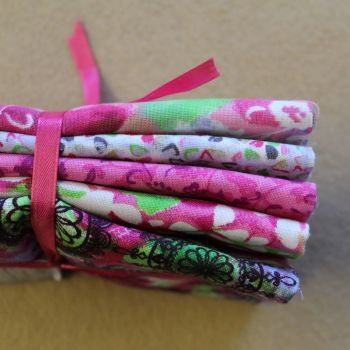 Fat Quarter Bundle - Pink Floral