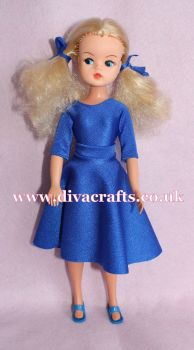 Handmade by Cazjar Pedigree Sindy Fashion - Reproduction 1981 Party Time - Blue