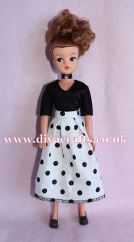 Handmade by Cazjar Pedigree Sindy Fashion - Reproduction Boutique 43158 1986