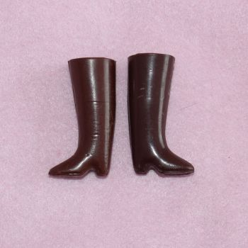 Pedigree 2 Brown Boots *mismatched*