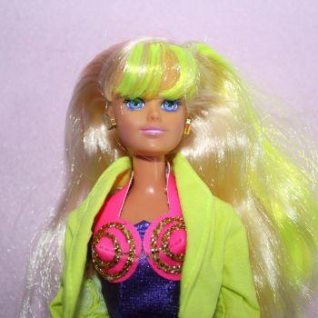 Hasbro Popstar Sindy Doll 1992