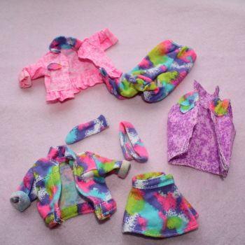 Unknown Brand Neon Items 7 Pieces
