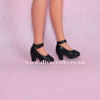 Ankle Strap Shoes Fits Pedigree Sindy - Black
