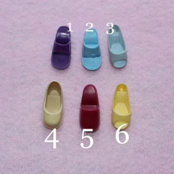 Authentic Pedigree Sindy Odd Shoes (sold as singles)