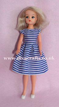 Handmade by Cazjar Pedigree Sindy Fashion - D15 Dress Only