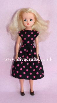 Handmade by Cazjar Pedigree Sindy Fashion - D18 Dress Only
