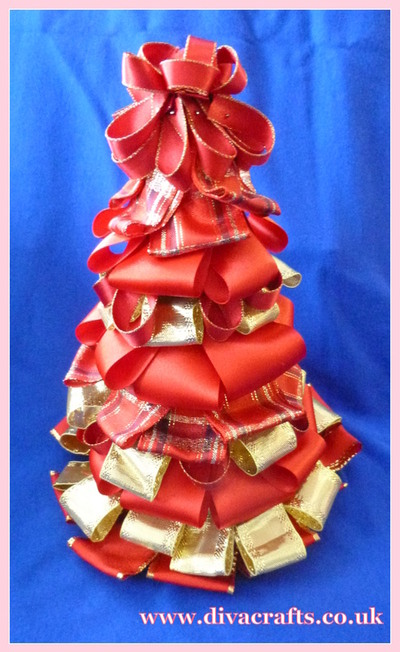 diva crafts christmas ribbon tree free project (2)