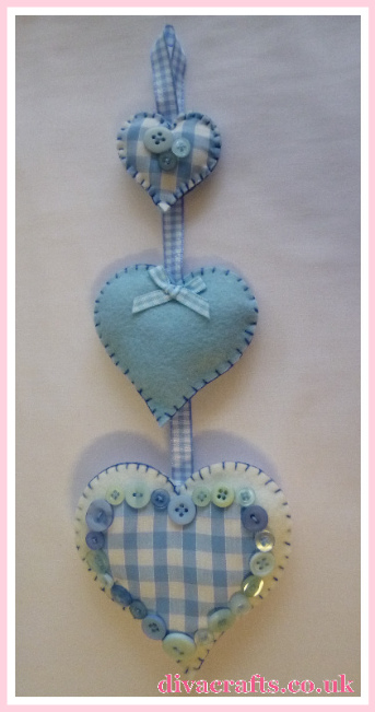 blue pink hanging hearts free tutorial diva crafts (2)