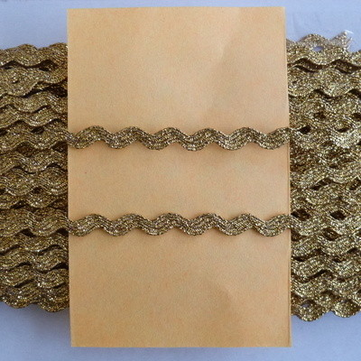 5mm Wide Metallic Ric Rac - Gold