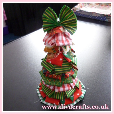 christmas tree cone project diva crafts (2)