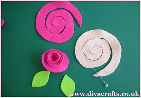 floral mobile decoration free project diva crafts (3)