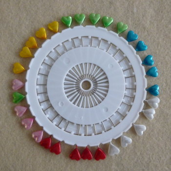 Pin Wheel 30 Pins - Hearts