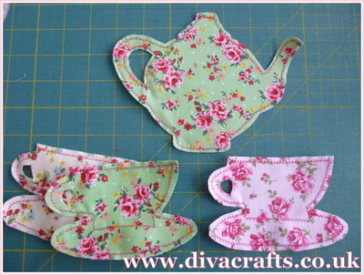 hanging tea cups and teapot decoration free project diva crafts (3)