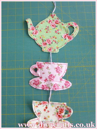 hanging tea cups and teapot decoration free project diva crafts (4)