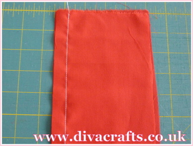 sewing tutorial how to add a zip at Diva Crafts (1)