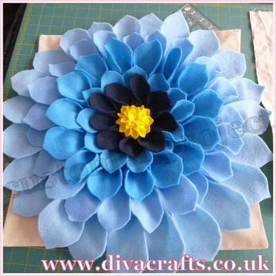 felt flowers customer project diva crafts (1)