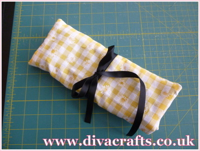 diva crafts free project sewing roll (8)