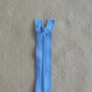 7 Inch Zip Nylon - 013 Baby Blue