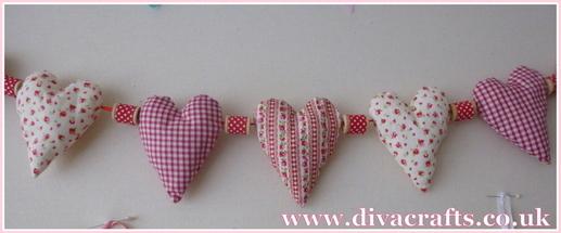 padded heart bunting diva makes at diva crafts