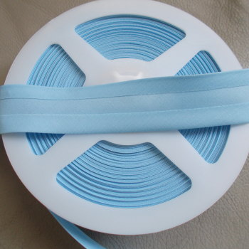 25mm Wide Polycotton Bias Binding - Baby Blue