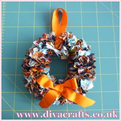 autumn wreath free mini project diva crafts (2)