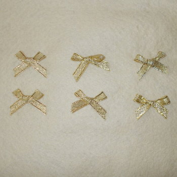 6 Small Lyrex Bows - Gold