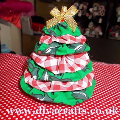 mini christmas tree free project diva crafts (2)