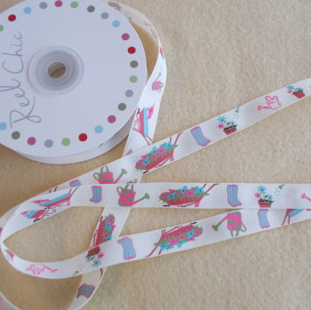 Reel Chic - 16mm Wide Antique White Gardening Theme Ribbon