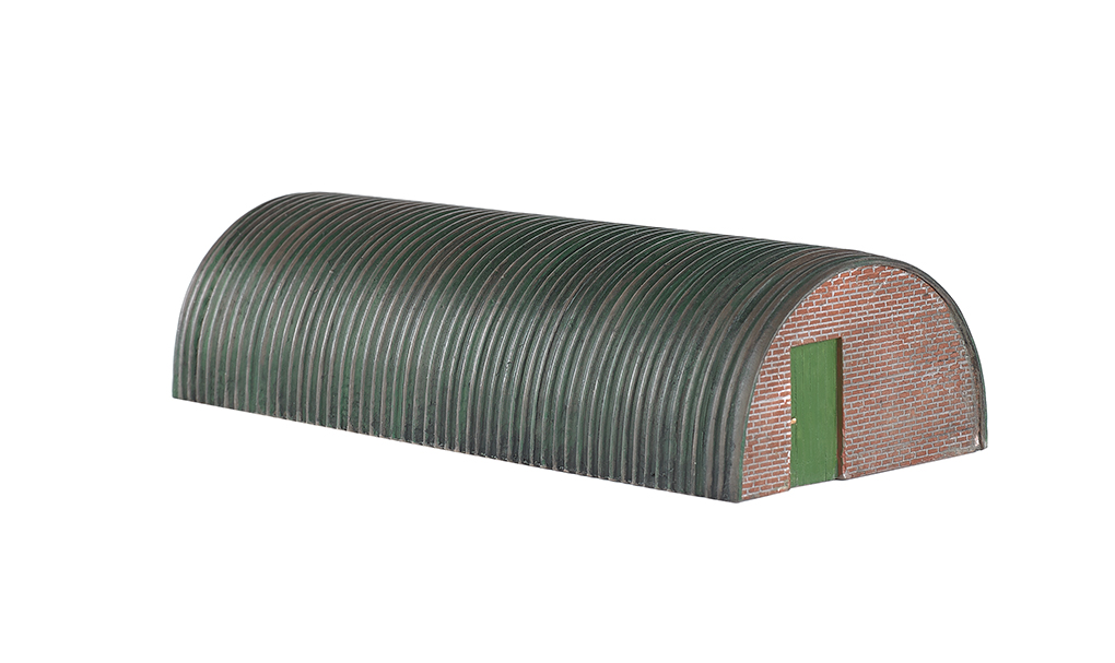 Corrugated Hut - Bachmann