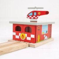 Fire Station Shed and Helipad - Bigjigs