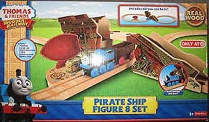 Pirate Ship Figure 8 Set - Thomas Wooden
