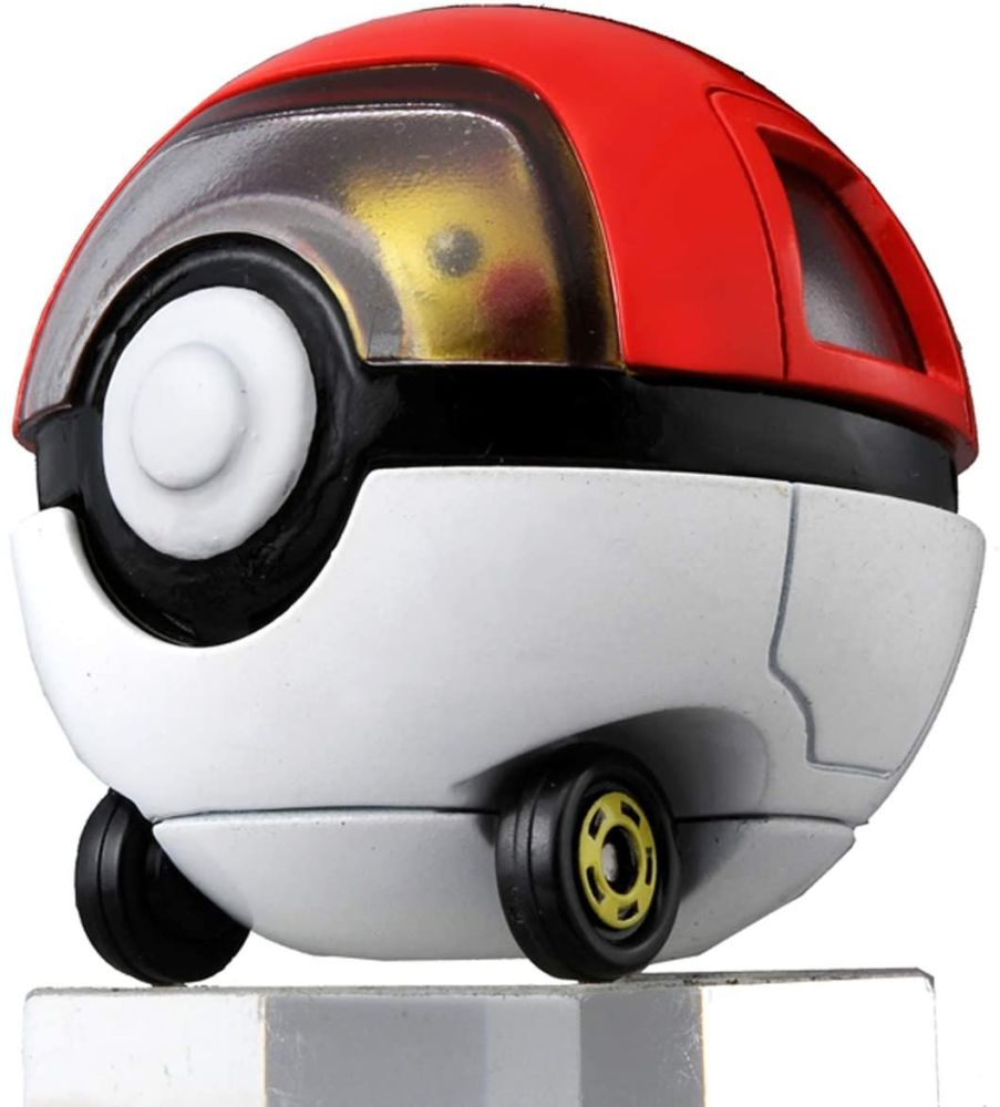 Tomica Ride-on Pikachu & Monster Ball Car