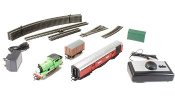 Thomas & Friends - Percy and the Mail Train Set - Hornby