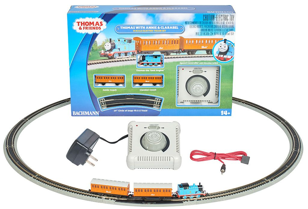 Thomas with Annie & Clarabel Set - N Gauge