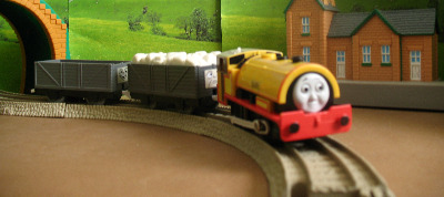 BEN -TOMY THOMAS AND FRIENDS / TRACKMASTER