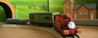 HARVEY -TOMY THOMAS AND FRIENDS / TRACKMASTER