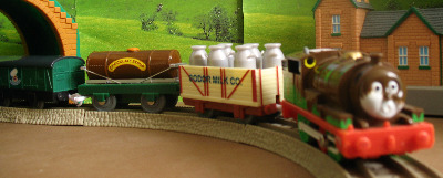 PERCY - CHOCOLATE COVERED -TOMY THOMAS AND FRIENDS / TRACKMASTER