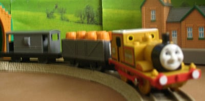 STEPNEY -TOMY THOMAS AND FRIENDS / TRACKMASTER
